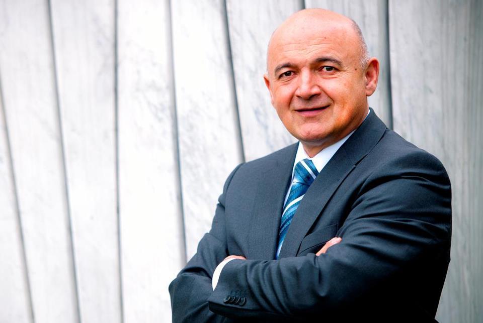 DR LJUBO JURČIĆ, PROFESOR NA EKONOMSKOM FAKULTETU U ZAGREBU: Globalizacija se usporava