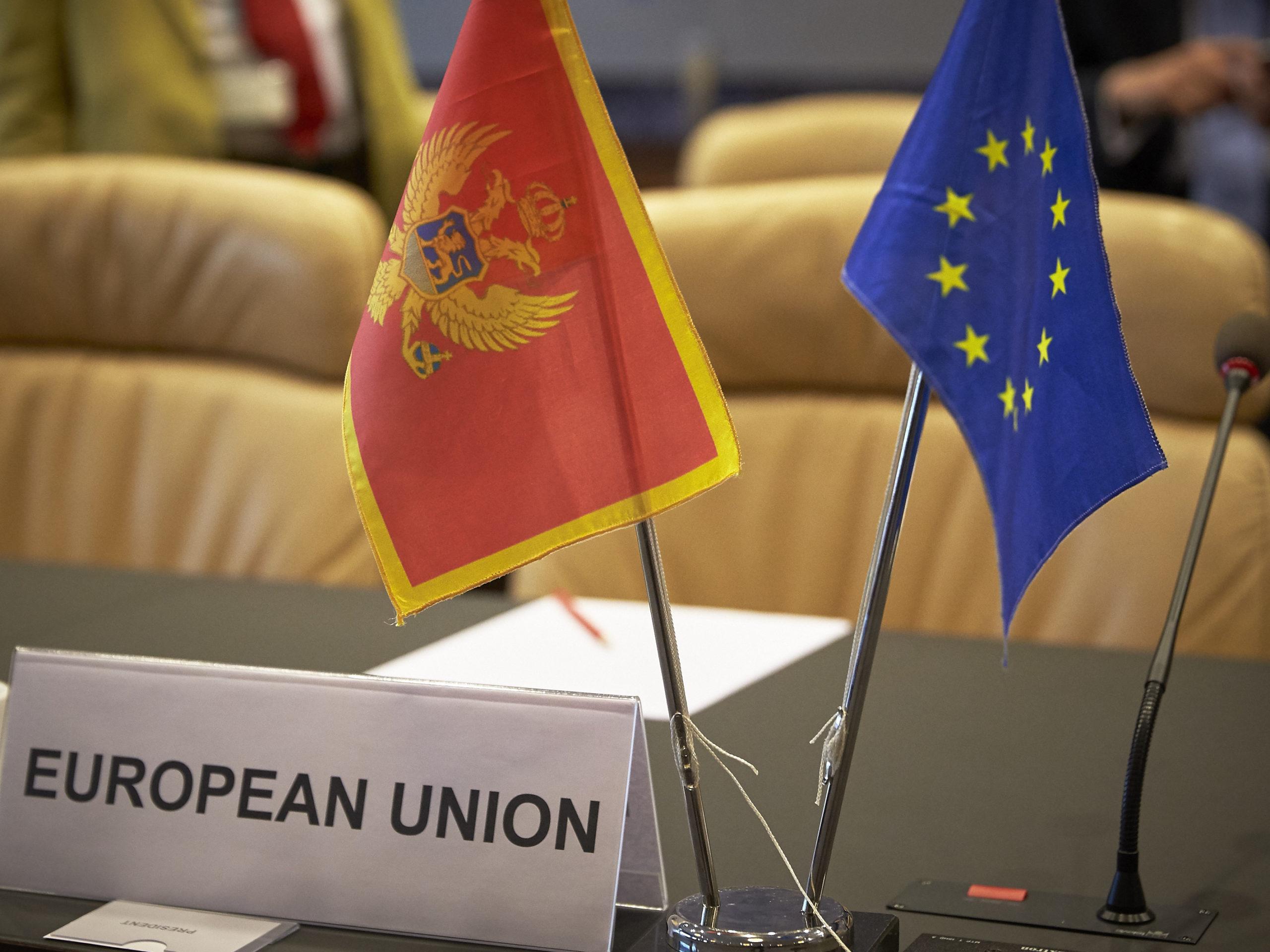 DUGO CRNOGORSKO PUTOVANJE U EU: Uzdanje u podršku Njemačke
