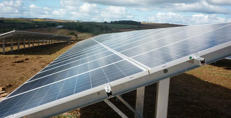 ULCINJ POSTAJE CENTAR OBNOVLJIVE ENEREGIJE: Sunce da nas grije