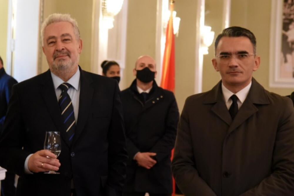NOVA KRIZA VLASTI: Vladimir ili vlada