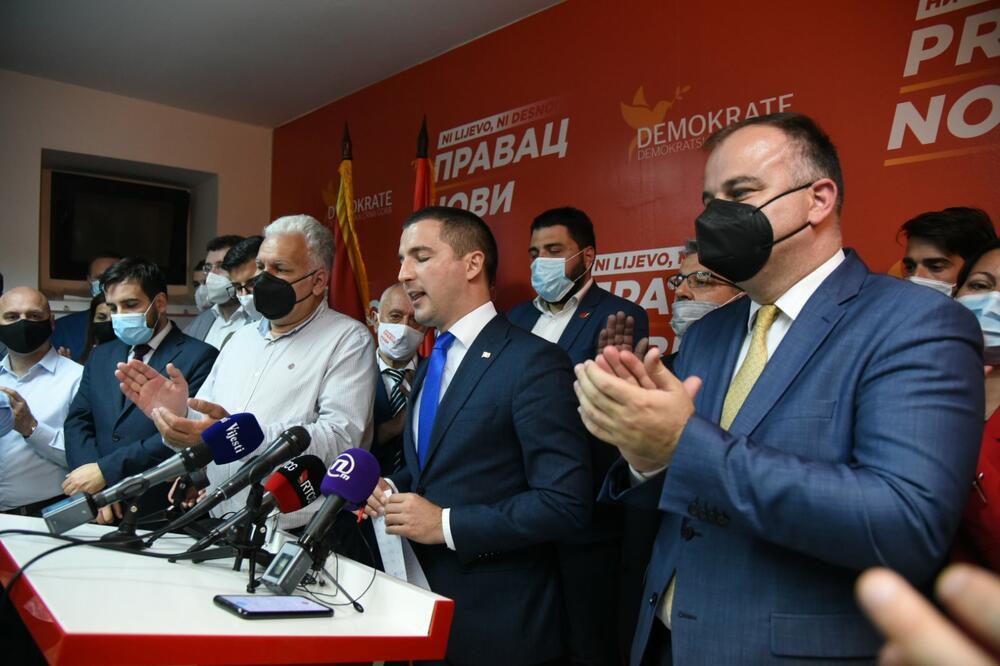 DEMOKRATE POBJEDNICI IZBORA U HERCEG NOVOM: Brodolom Demokratske partije socijalista