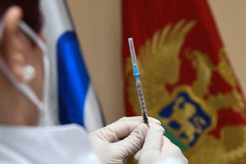 ZNACI: Vakcinacija zakočila